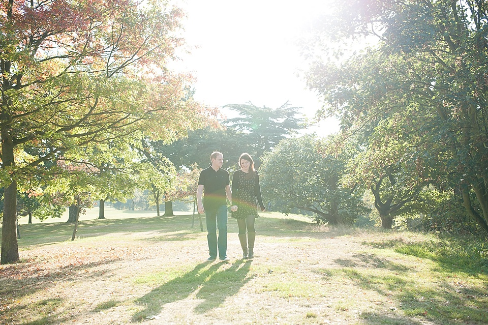 Engagement shoot in the park © Fiona Kelly Photography