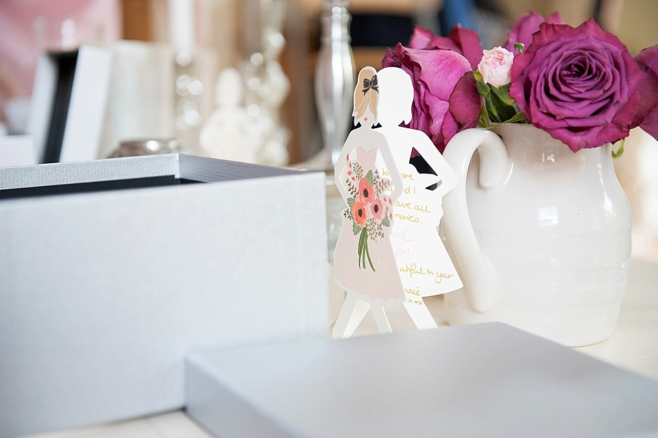 Sweet gifts and cards for bridesmaids © Fiona Kelly Photography