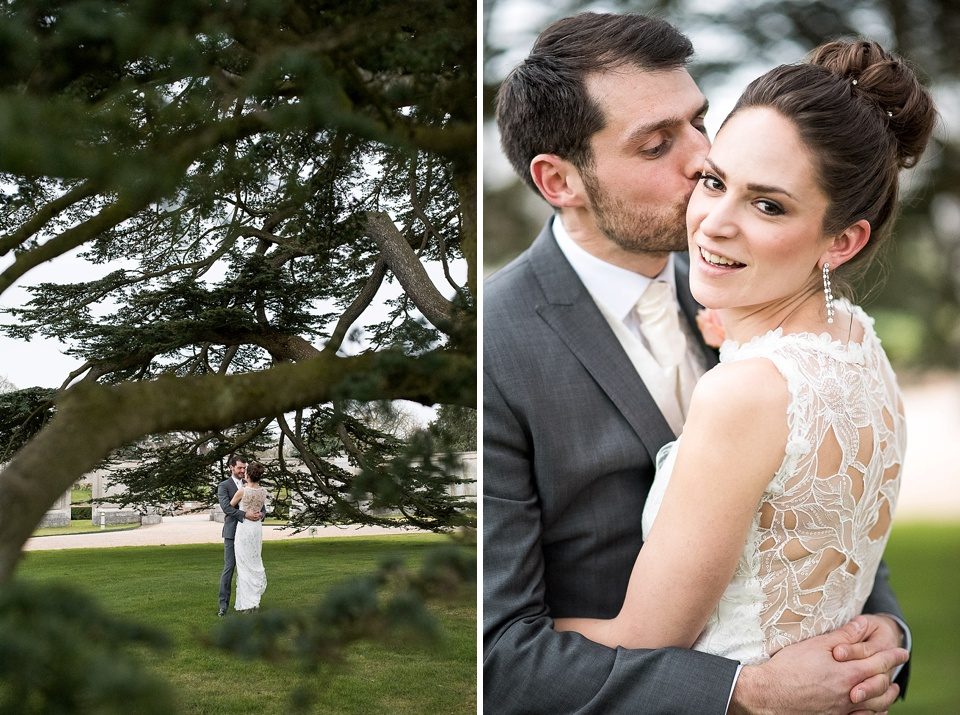ddfe94b6d4a8 ... photographer © Wedding portrait under a tree at grand wedding venue -  Claire Pettibone bride with groom at