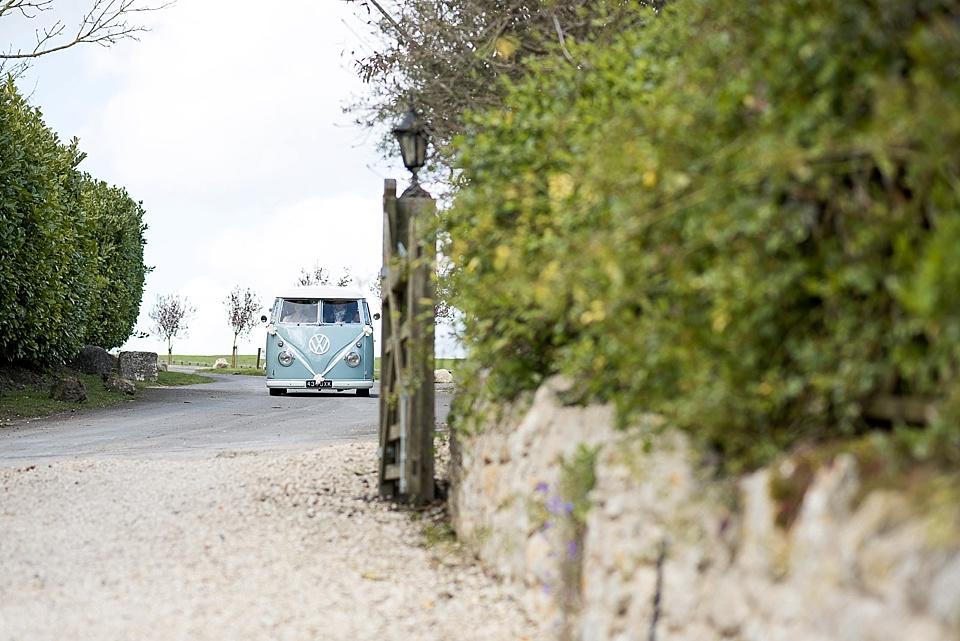 40 duck-egg-blue-VW-camper-van-for-barn-wedding-venues-rustic-wedding-at-Notley-Tythe-Barn-elegant-Aylesbury-wedding-photographer-©-Fiona-Kelly-Photography