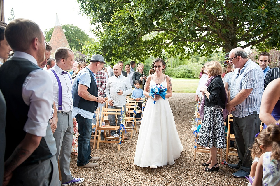 How to photograph bride walking down the aisle