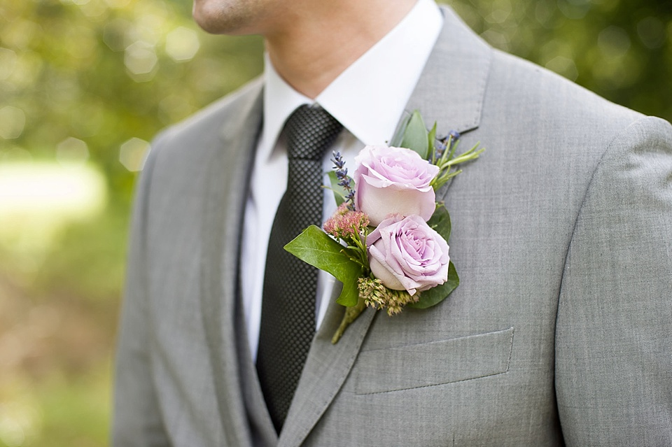 grooms buttonhole with purple and lilac colours_0011