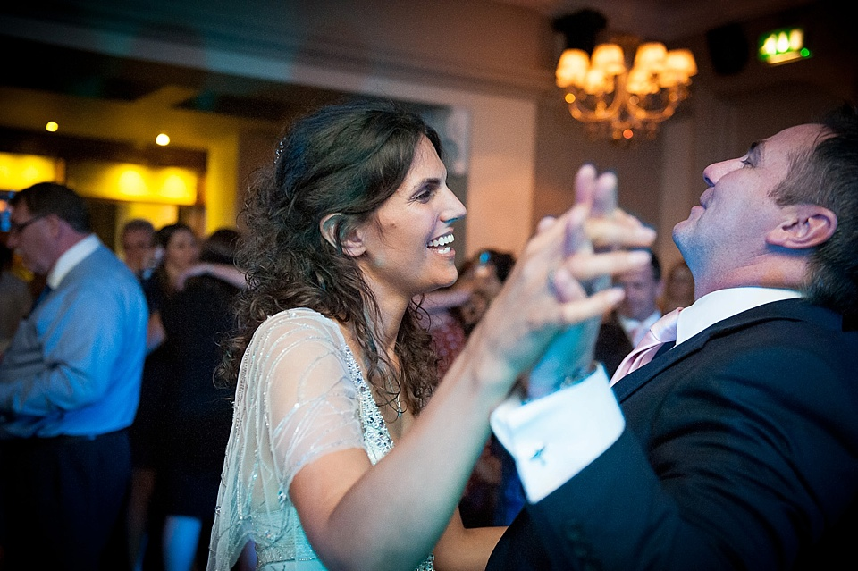 wedding first dance happy and fun, drayton court hotel