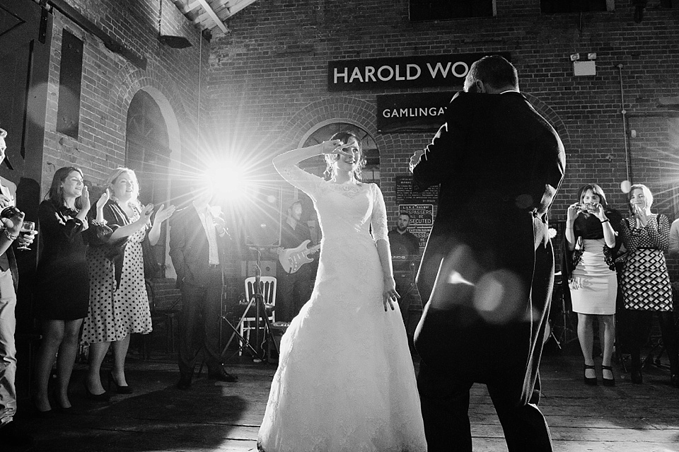 wedding first dance in the style of pulp fiction