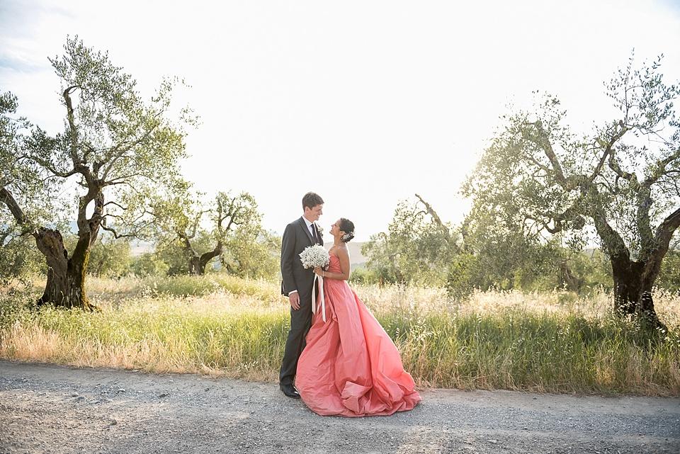 207 Romantic-wedding-portrait-Tuscany