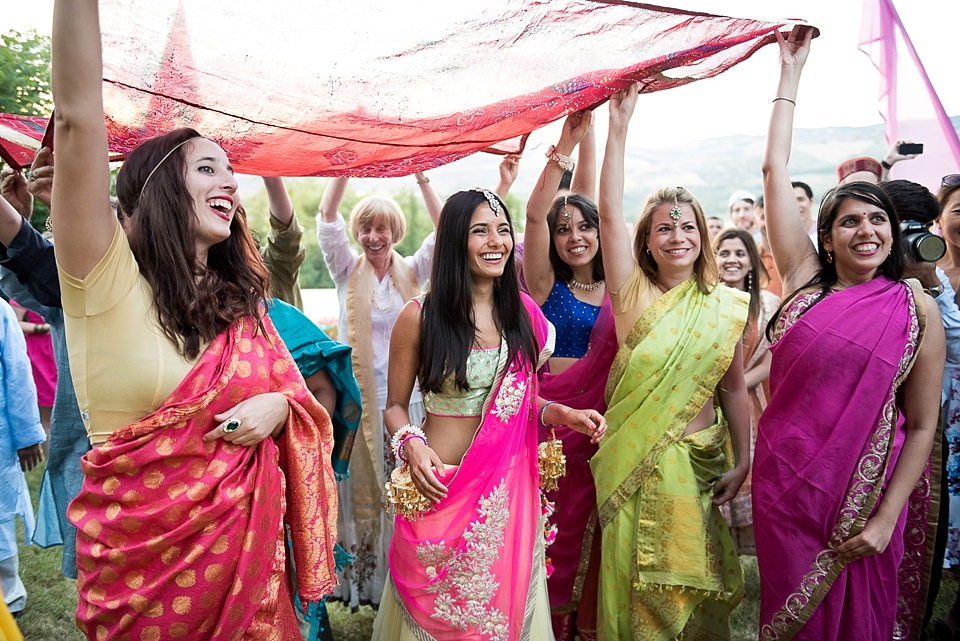 Colourful saris at Indian wedding in Tuscany