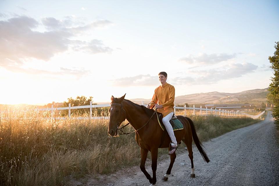 groom arriving on horseback_0001