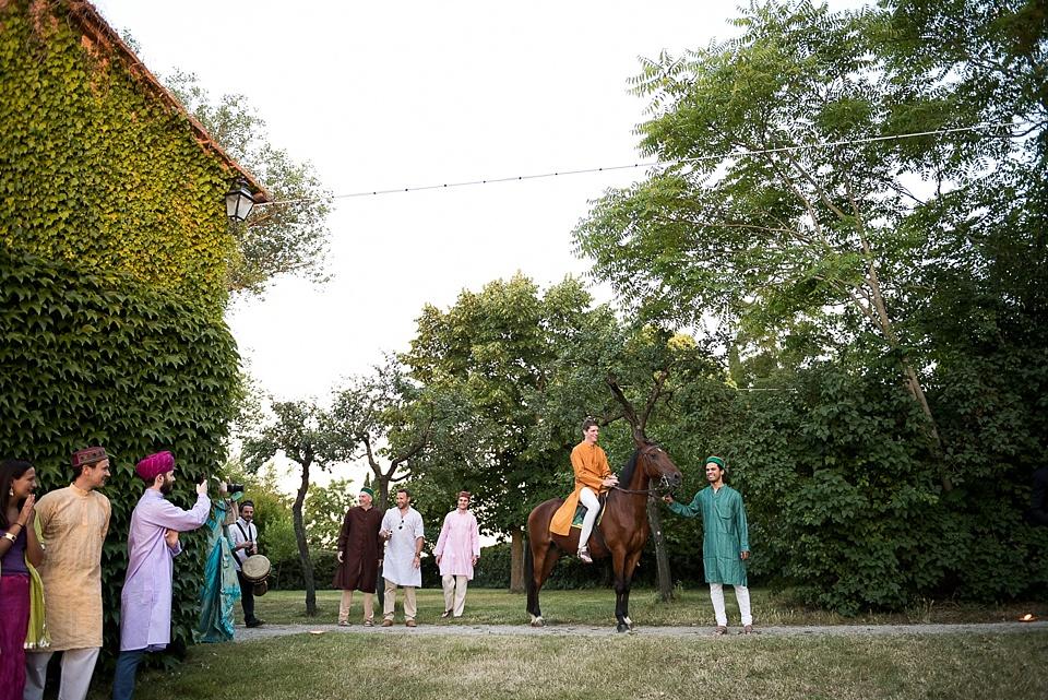 groom arriving on horseback_0003