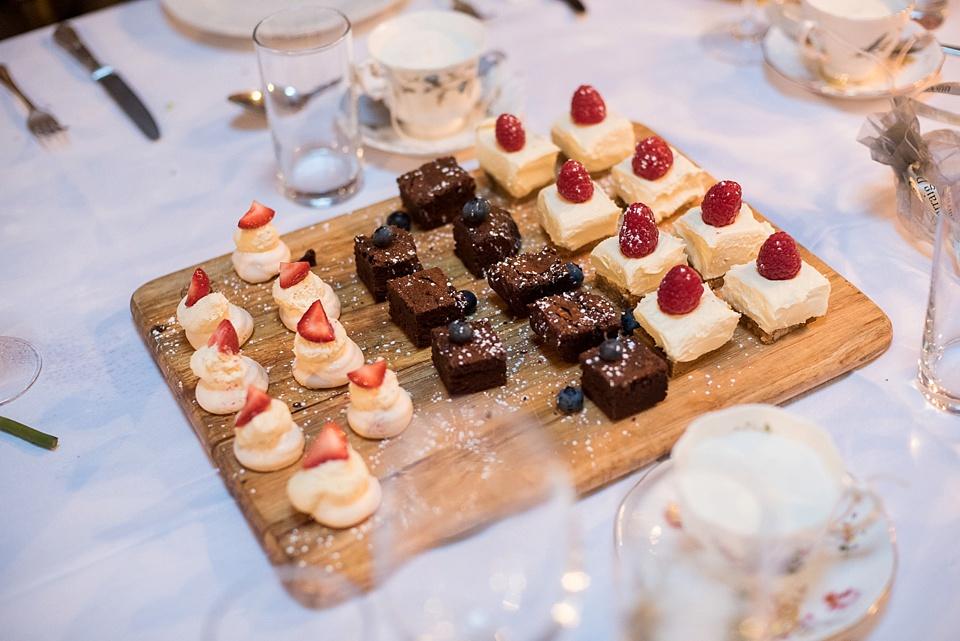 168 Bite sized cakes for London wedding