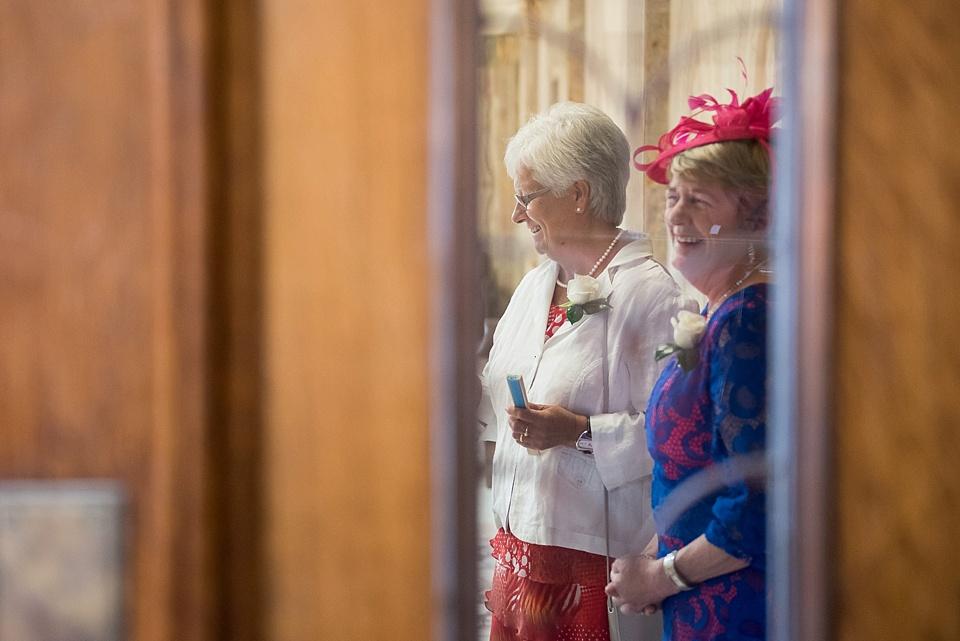 6 Documentary London wedding photographer