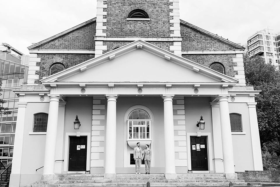 70 London architecture wedding portrait
