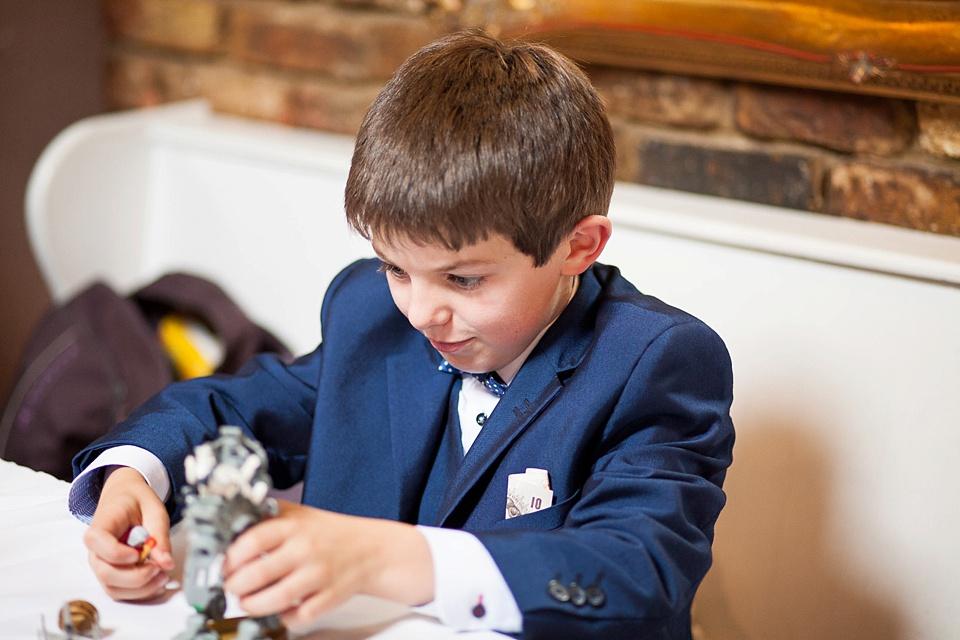83 Child playing at London wedding