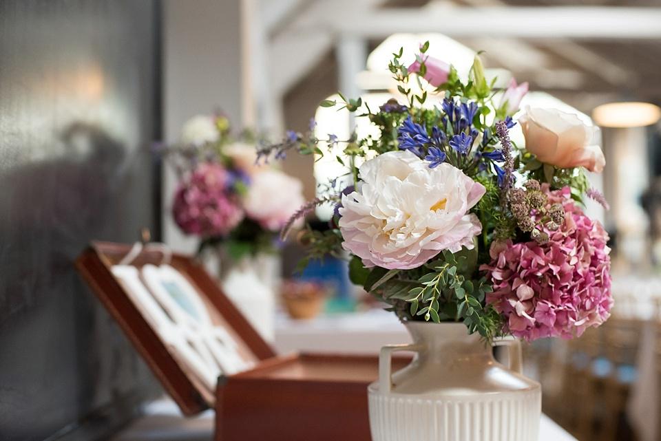 96 Pink white peonies wedding flowers