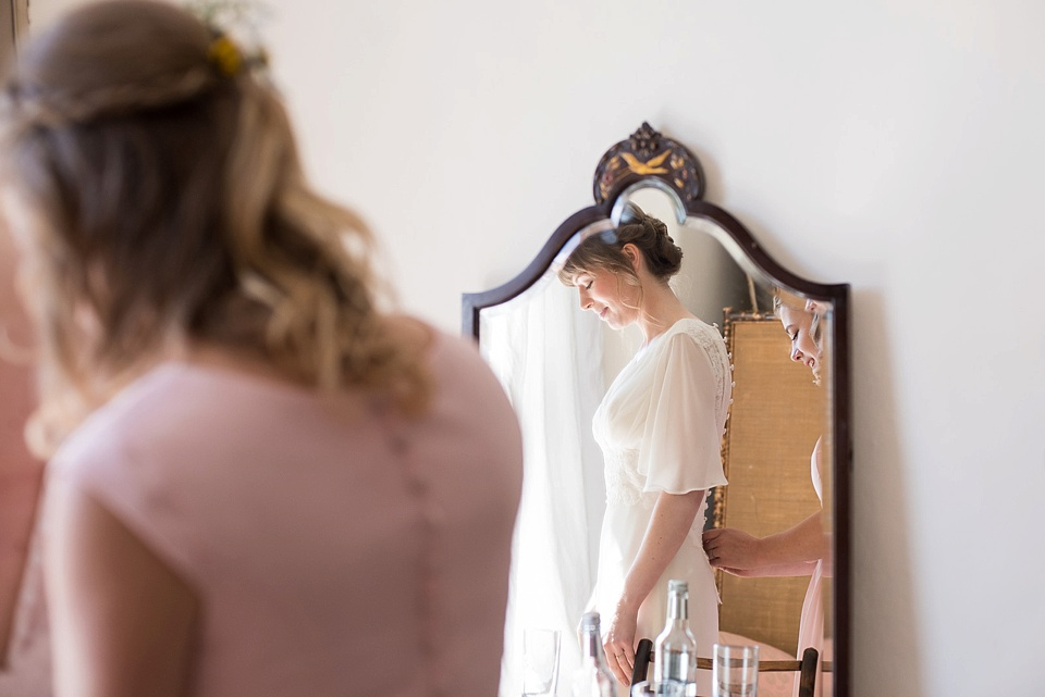 bridal prep at lyde court-fiona kelly photography_0011