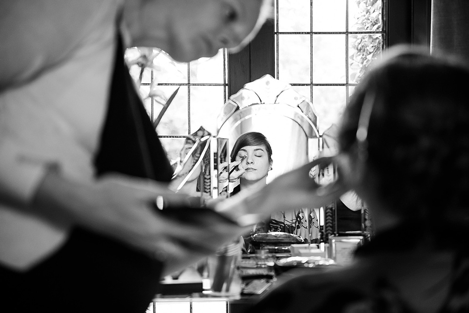 bridal prep at rivervale barn-fiona kelly photography_0027