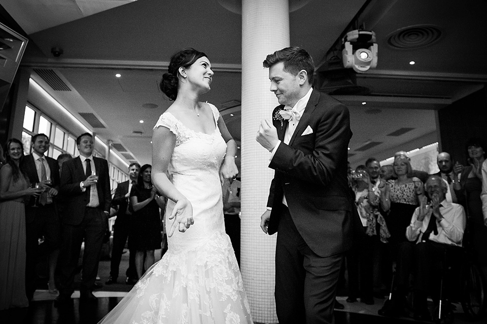 Funny first dance at London wedding