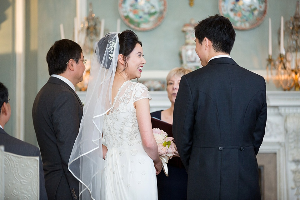Temperley Bride wearing fingertip veil