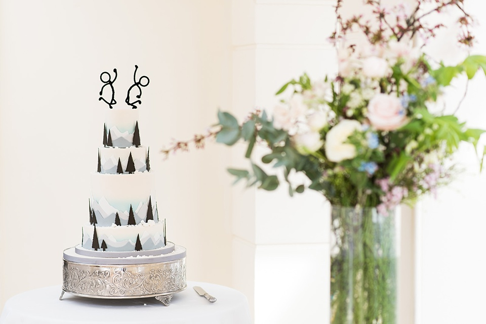 Personalised winter wedding cake