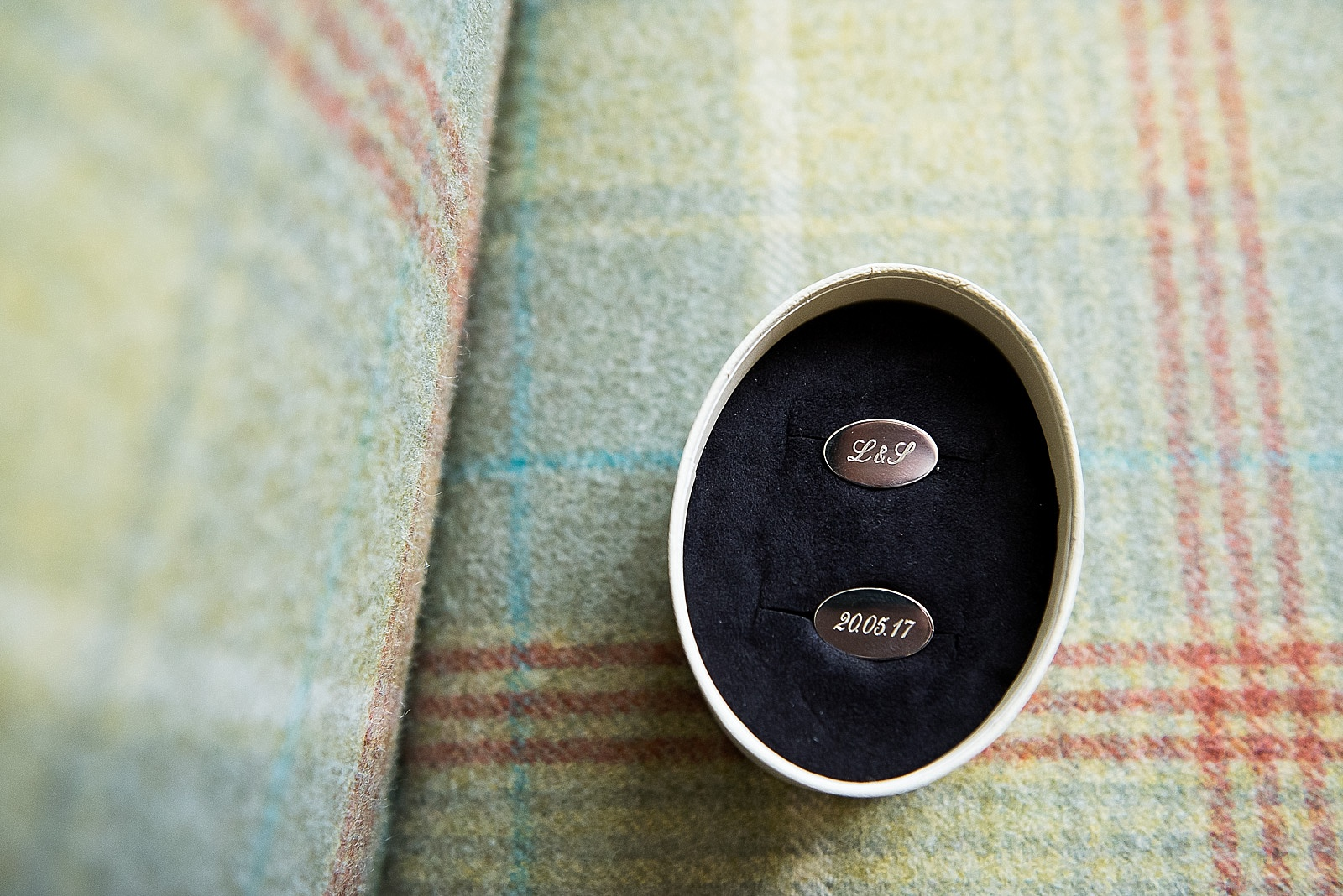 Wedding date engraved cufflinks Fiona Kelly Photography