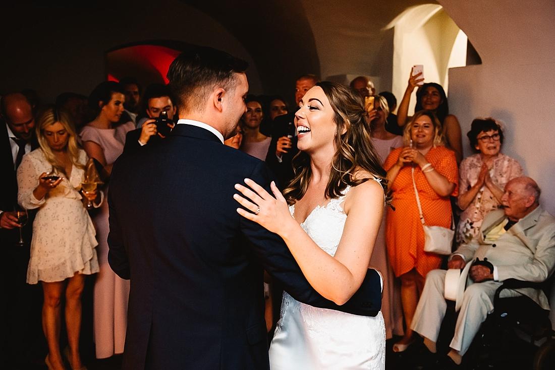 La Sposa bride London wedding first dance