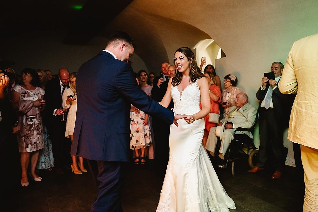 La Sposa bride first dance London