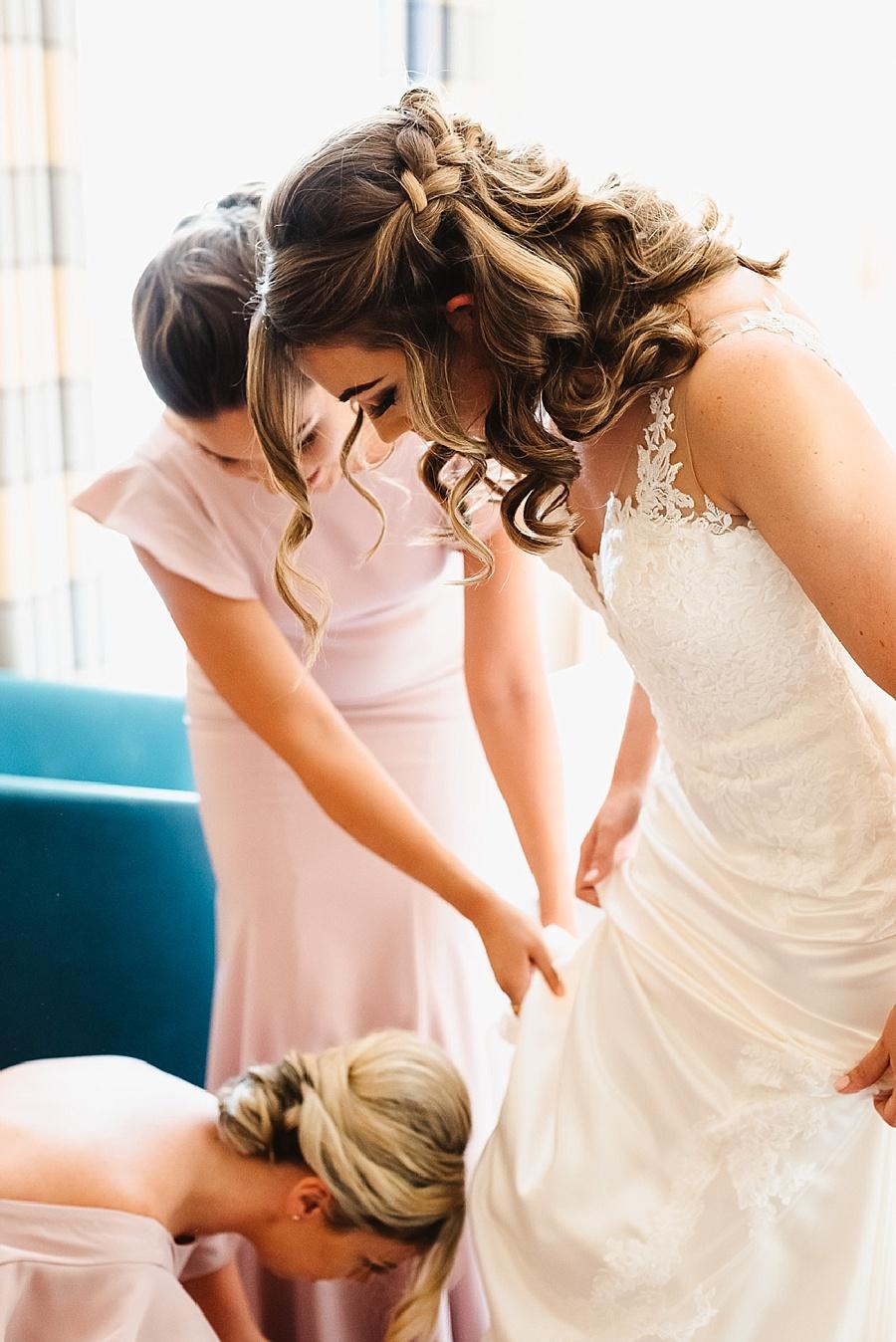 La Sposa bride getting ready